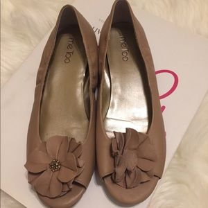 Tan Leather Peep Toe Flats   Size 8 1/2   GUC